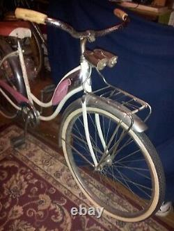 1962 Schwinn Debutante vintage bicycle Chicago, Illinois