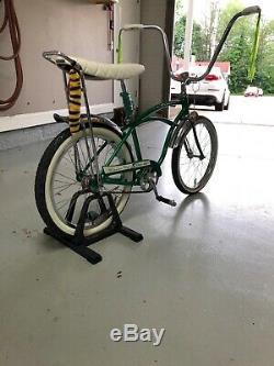 1964 schwinn stingray deluxe bicycle muscle bike vintage restored