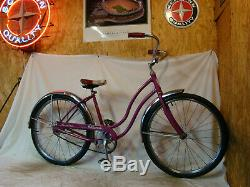 1967 Schwinn Hollywood Ladies 24 Beach Cruiser Bicycle Vintage Magenta Purple S7