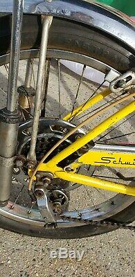 1968 Schwinn Stingray Lemon Peeler Krate Vintage Banana Seat Muscle Bike