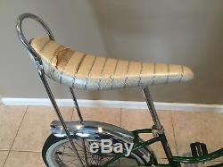 1968 Schwinn stingray Slik Chik 100% original s7 s2 banana seat Krate vintage