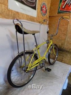 1970 Schwinn Fastback Stingray 3-speed Yellow Muscle Bike