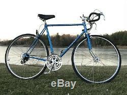 1977 Schwinn Traveler, Vintage Road Bicycle