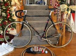 1981 SCHWINN Voyageur 11.8 vintage bike. 23, 4130 cr-mo, pro-refurbished, NICE