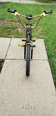 1983 Schwinn Predator Thrasher Free Oldschool Vintage BMX Bike