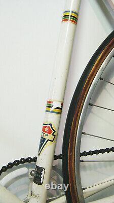 21 1972 vintage Schwinn Paramount track bicycle
