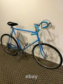 26 Schwinn Continental Men's Bike 1972 ALL ORIGINAL Chicago USA Vintage BLUE