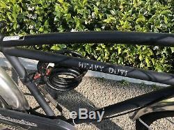 Black VINTAGE SCHWINN HEAVY DUTI Bicycle cruiser Nice