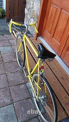 Fast Vintage Schwinn Super Sport Road Bike