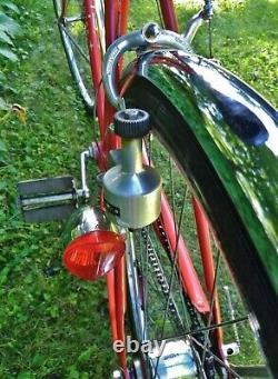 Red Schwinn Speedster Vintage 1973 Mens Cruiser Bicycle Ready to ride