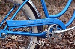SCHWINN 1968 Slik Chik Sting-ray Bicycle-Vintage BikeOrig 68 SKY BLUE