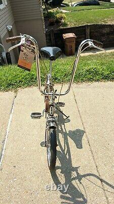 Schwinn 1968 Near Mint Run-a-bout Stingray Vintage Bicycle Krate Runabout Bike