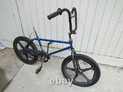 Schwinn 20 Skyway Tuff Wheel Mag Phantom Scrambler Bicycle Bmx Racing Vintage