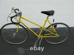 Schwinn LeTour 1974 Ten Speed Yellow Womens Vintage Bicycle