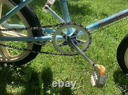 Schwinn Predator Free Form EX 1986 vintage BMX bike
