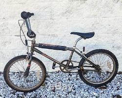Schwinn Predator Streetwise BMX OLD SCHOOL VINTAGE BMX NICE