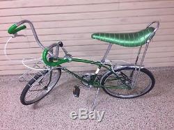 Schwinn Sting-Ray Fastback bicycle, vintage muscle bike, Stingray