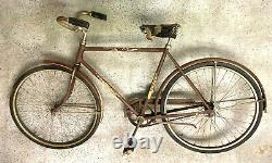 Schwinn World bike with fenders and chain guard 1952 Vintage