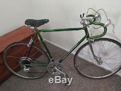 VINTAGE ORIGINAL 1970 CHICAGO SCHWINN SUPER SPORT 24in 10 Speed Bicycle bike