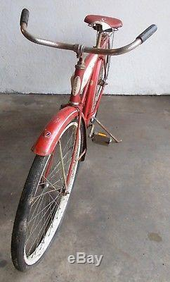 VINTAGE SCHWINN FLEET All Origina! Red and White 1960s Boys Gas Tank Cruiser 22