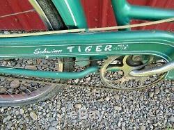 Vintage 1954 Schwinn 3-Speed Tiger 26 Women's Middleweight Bike Green/White