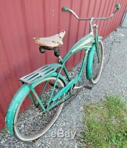 Vintage 1957 Schwinn Deluxe Hornet 26 Men's Tank Bike 2-Tone Green Springer
