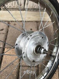 Vintage 1960s Schwinn Krate Stingray Front Wheel Atom Drum Brake Picker Peeler