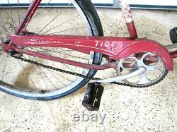 Vintage 1962 Schwinn Tiger Men's Bicycle Red J244439 LOCAL PICK UP