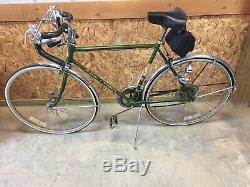Vintage 1967 Schwinn Varsity With Original Manual & Accessories, Excellent Bike