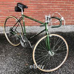 Vintage 1973 Schwinn Varsity 10 Speed, Men's Bicycle, 27 Wheels, 20 Frame Bike