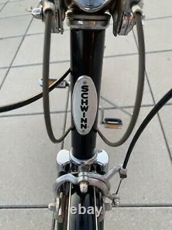 Vintage 1977 Schwinn Made In Chicago 10 Speed Suburban Bike