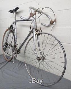 Vintage 1977 Schwinn Super Le Tour 12.2 23 C-T Super Lite Chrome Road Bike