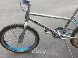 Vintage 1983/84 Schwinn Predator 20 Old School BMX Bike Chrome Blue