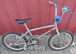 Vintage 1983 Schwinn Predator P2000 Old School BMX Bike Chrome Moly 20