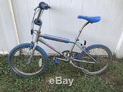 Vintage 1984/85 Schwinn Predator Streetwise Old School 20 BMX Bike Bicycle