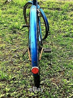 Vintage Antique Schwinn 1970's Women's Beach cruiser Breeze Bicycle