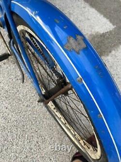 Vintage Original Chicago Schwinn Spitfire Tank Bike 26 Womens Cruiser Bicycle