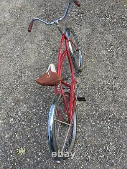 Vintage Original Chicago Schwinn Typhoon 1963 Red White 26 S-7 Cruiser Bicycle