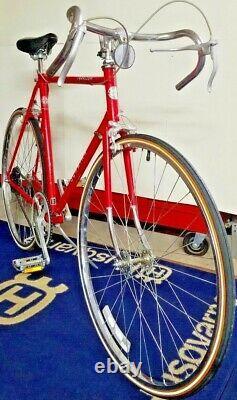 Vintage Road Bicycle 1981 Schwinn Traveler Xtra Lite Mens 23 Frame 10 Speed