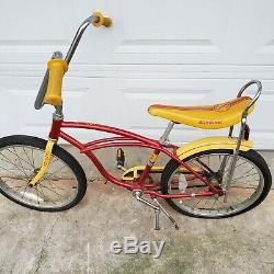 Vintage SCHWINN STINGRAY II BANANA SEAT MUSCLE BIKE RED KRATE