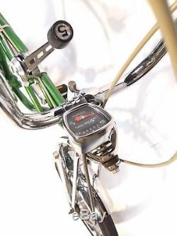 Vintage Schwinn 1972 Stingray Pea Picker Krate Bicycle 5 Speed with Disk Brake