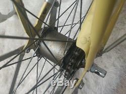 Vintage Schwinn Breeze Yellow Ladies Cruiser 26 Bicycle New Old Stock