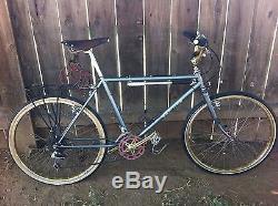Vintage Schwinn Mountain Speed Bicycle Bike 19.5 Frame 26 ARAYA RIMS BEAUTIFUL