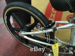 Vintage Schwinn Thrasher BMX Bicycle Moto Mag complete