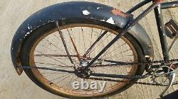 Vintage Skip Tooth Schwinn Admiral Full Size Adult Cruiser Bicycle New Departure