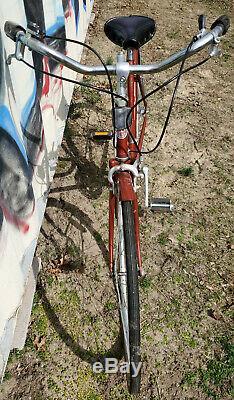 Vintage Womens Schwinn World Tourist Bike Bicycle Red Cruiser 1980's Dark Cherry