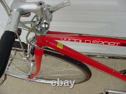 Vtg Schwinn World Sport Red Road Road Bike